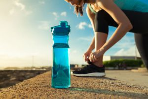 How to Carry Water While Running: Some Practical Solutions