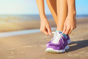 Running Sandals Vs Running Shoes: The Match Up!