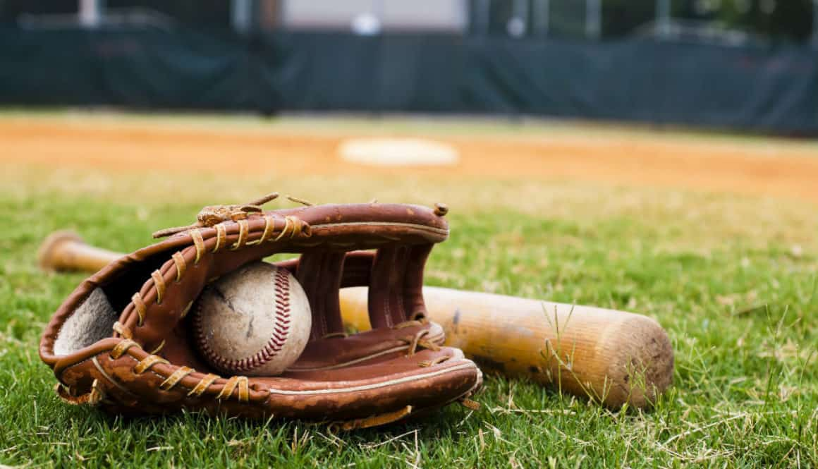 Best Baseball Gloves for Protection and Performance