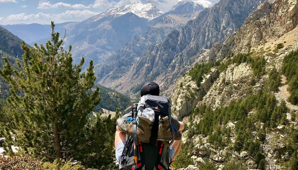 How to pack backpack chair for hiking