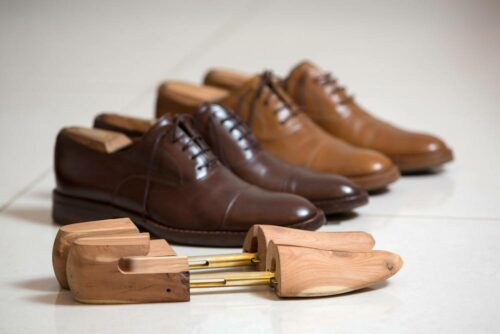 wide width stretch shoes