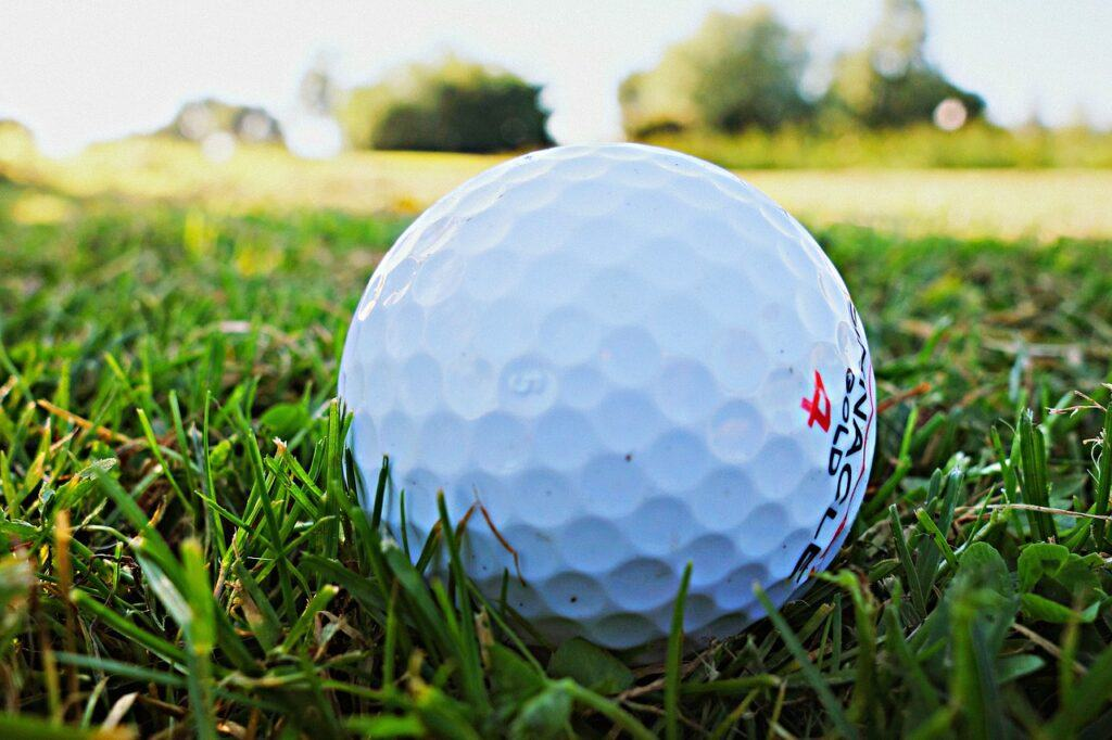 Tips for Senior Golfers to Excel and Enjoy the Game