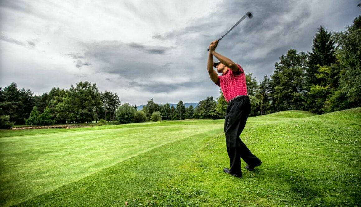 7 Ways a Golf Simulator Can Improve Your Golf and Life