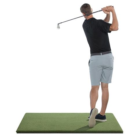 Who makes the best golf simulator