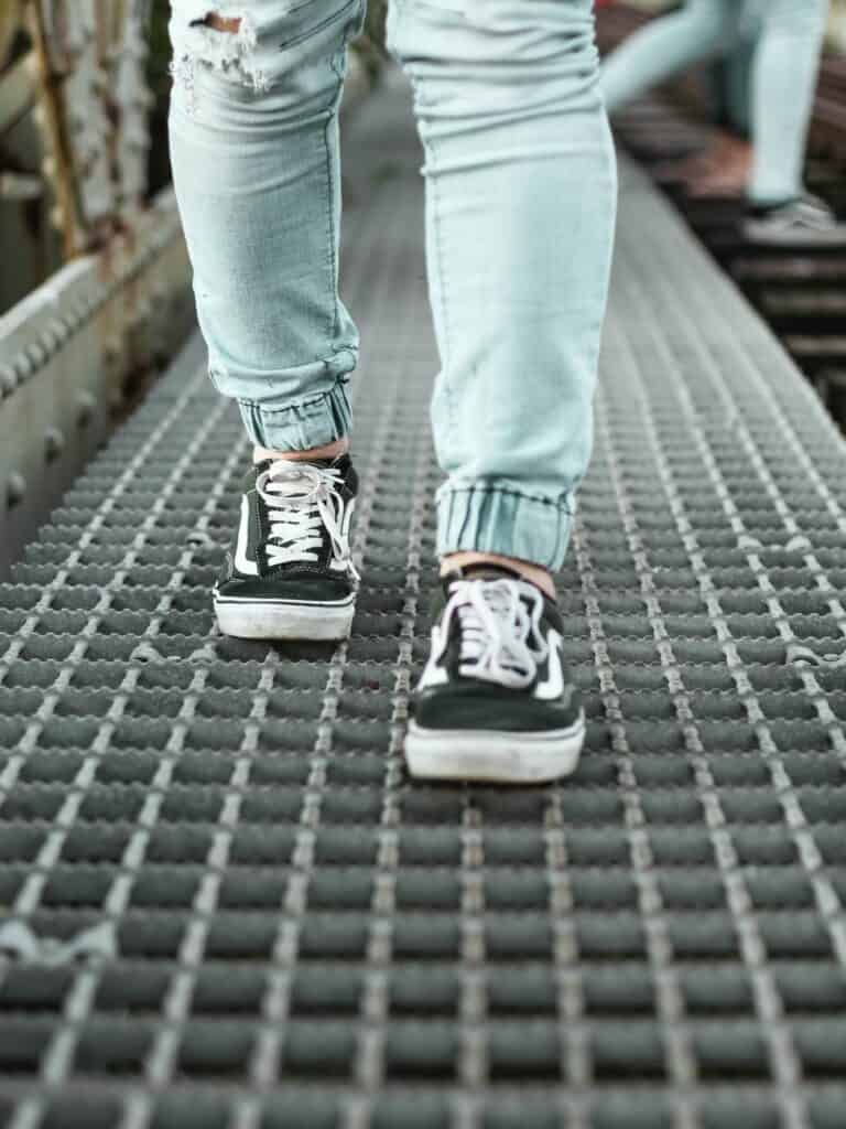 How To Choose Walking Shoes for Overweight Women