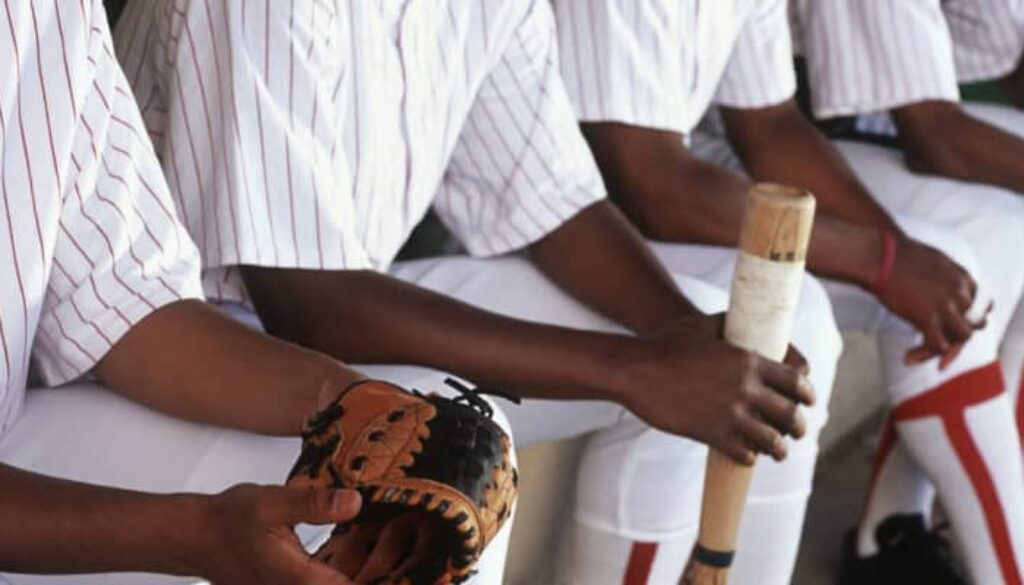 How to Clean the Inside of a Baseball Glove