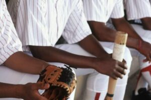 How to Clean the Inside of a Baseball Glove?