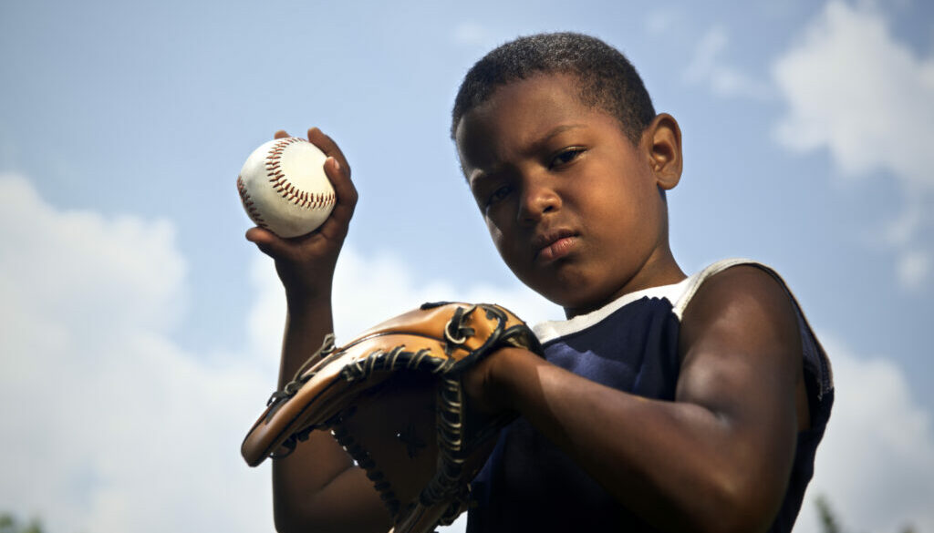 How to Fit a Baseball Glove for a Child
